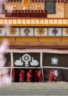 """西藏佛学院各教派""""百家争鸣"""""""